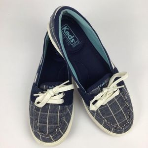 Keds boat shoe style sneakers in navy & white